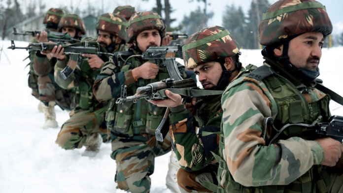 Army Jawans patrolling near the snow-covered border